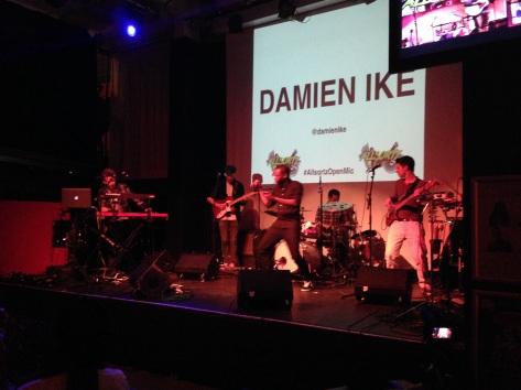 @Damienike